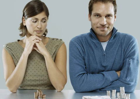 Кто должен зарабатывать в семье — мужчина или женщина?