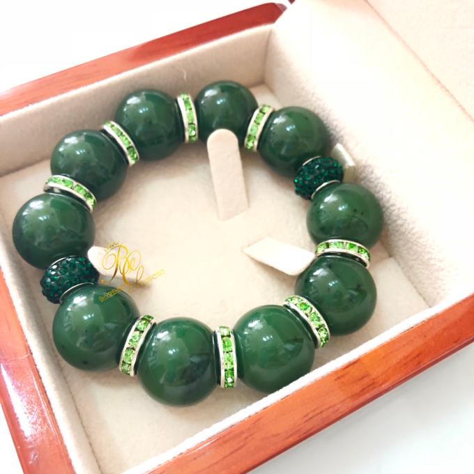 green_jade_bracelet9