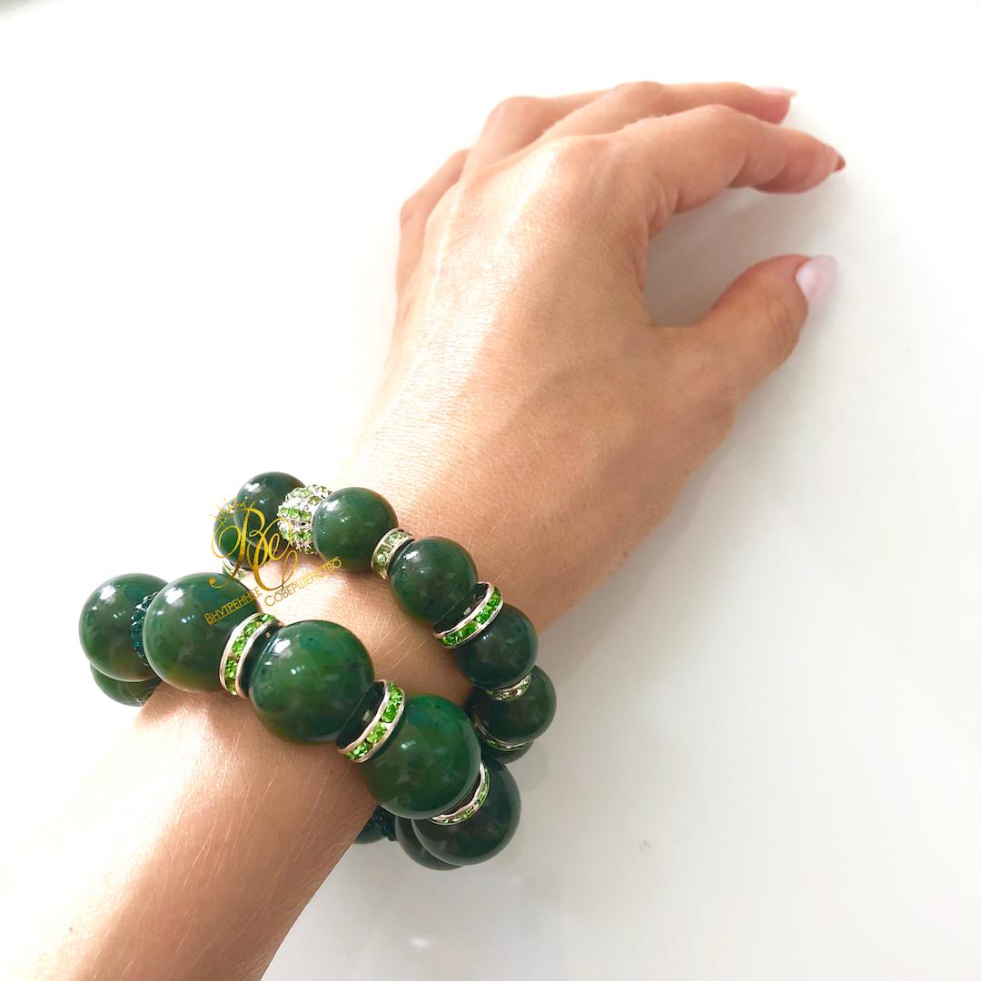 Купить украшения из нефрита - браслеты из зеленого нефрита