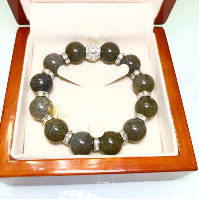 honey_jade_bracelet
