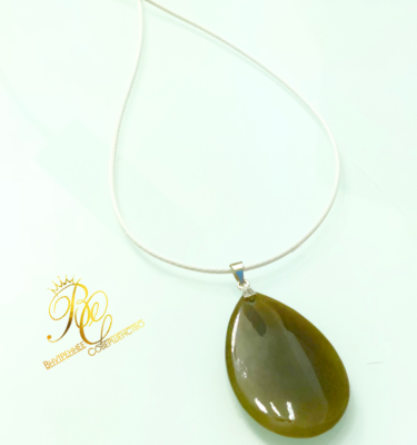 honey_jade_pendant2